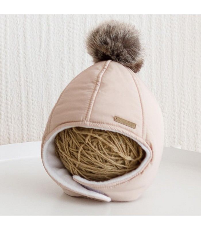 Зимняя шапочка бежевая