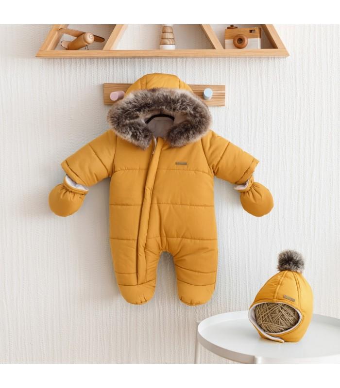 Зимний комплект комбинезон с шапочкой